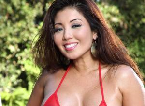 Aziatische blote babes met mooie grote borsten
