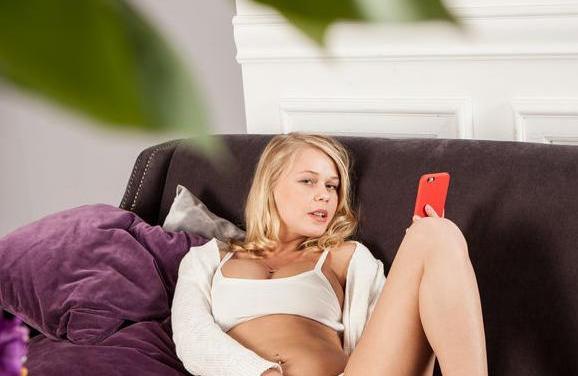Naakte Vrouwen, een mooie blonde meid en meer