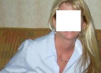 Mooie vrouw uit Zuid-Holland, 43 jaar en getrouwd, is op zoek naar spanning