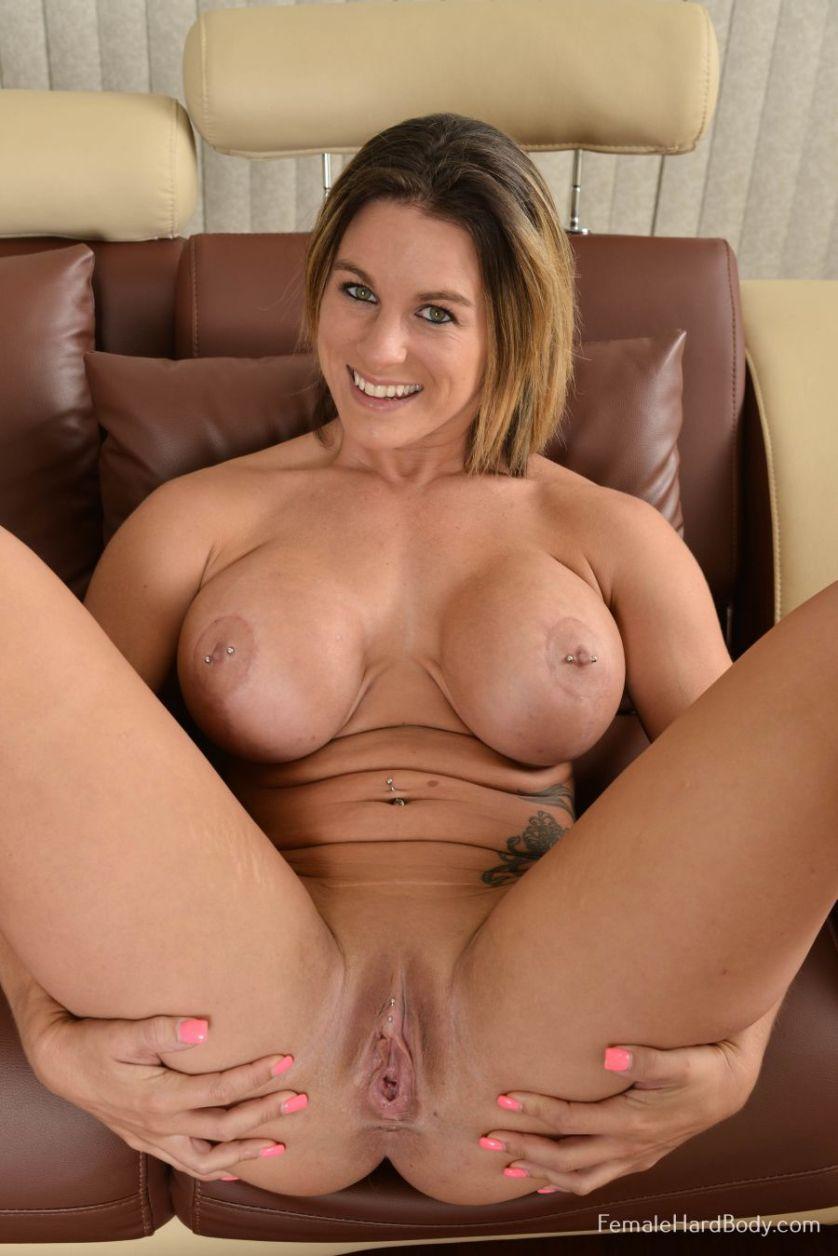 Nude female hardbody-6057