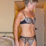 Cinderella geile mature vrouw is op zoek naar casual sex