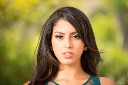 Michelle martinez sophia leone