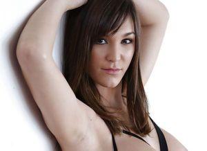 Holly Michaels, mooie en handige lingerie