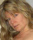 Vrouw van 56 jaar uit Naarden, niet alleen op zoek naar sex