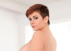 Amarantha Hank, grote tieten, heeft geile seks