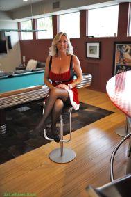 Sandra-Otterson-geile-mature-kerstvrouw-met-grote-tieten-01