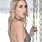 Cadence Lux heeft opwindend lesbische sex met Gina Valentina