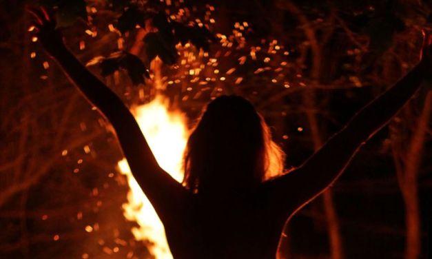 Naakte Vrouwen, van een vurige verleidster tot bloot in het weiland
