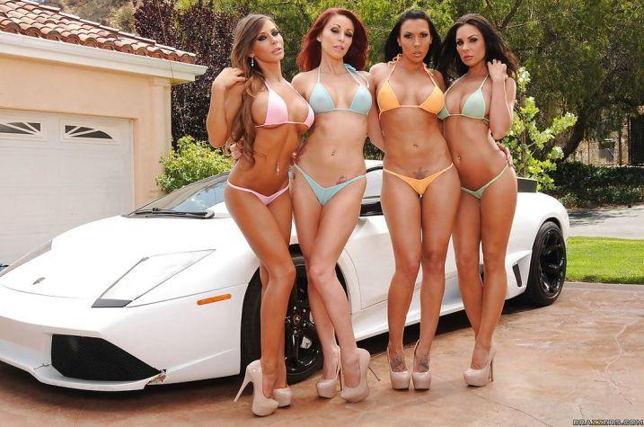 Bikini dames gaan naakt bij een witte Lamborghini