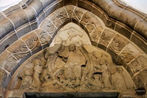 Tympanon portalu północnego, Strzelno - kościół św. Trójcy i Najświętszej Marii Panny