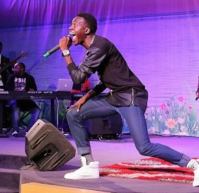 Akpororo on stage