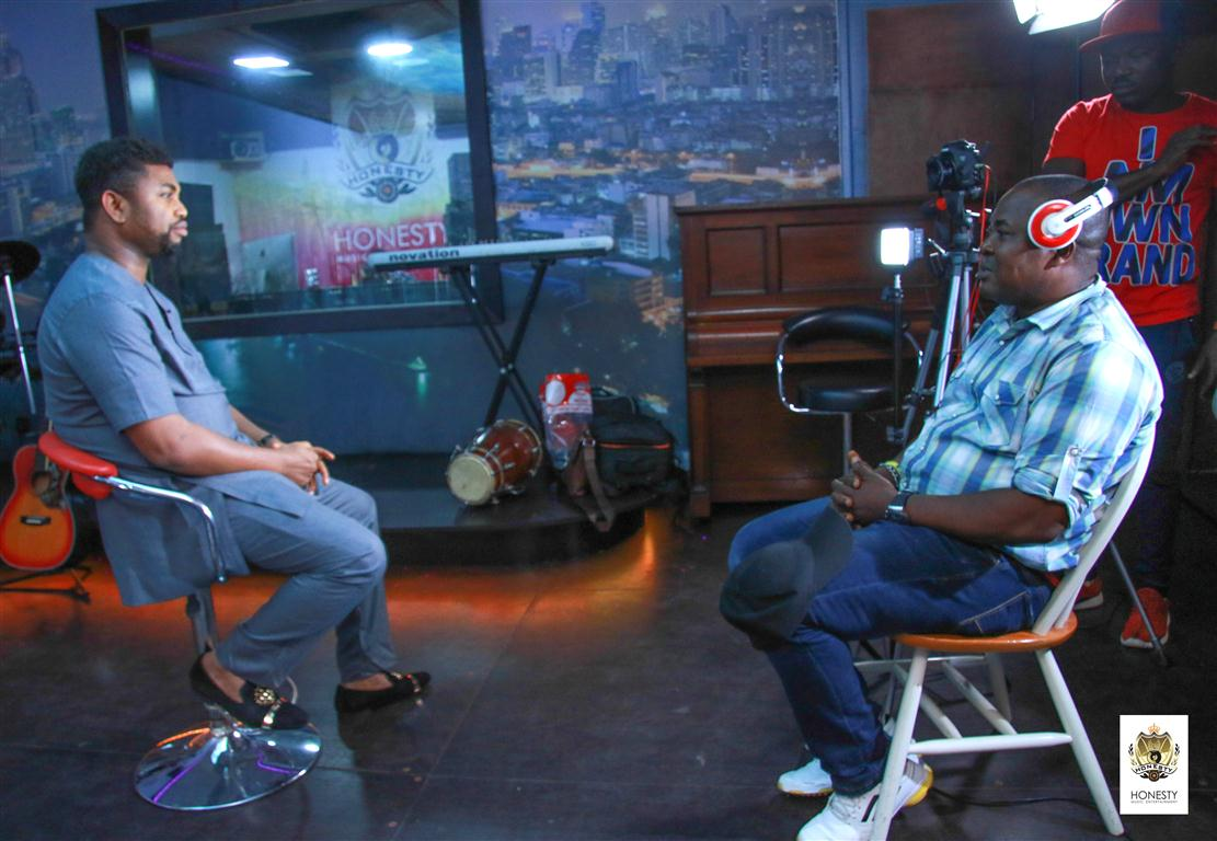Wole Oni, Eben, Afo Ogidi Tour & Endorse Honesty Music World-Class Multimedia Studio