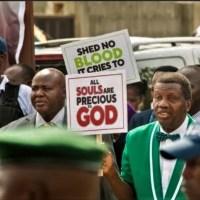 Bishop TD Jakes, Pastor Adeboye, Pastor Sam Adeyemi & More Lend Voice To EndSARS Protest