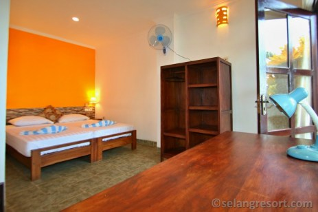 Room 4 twin beds