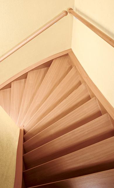 Holztreppe renovieren selbst.de