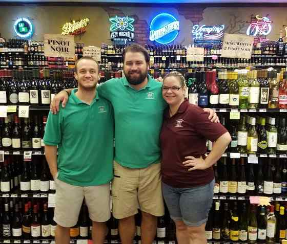 Calandro's Select Cellars staff & spirits services picture
