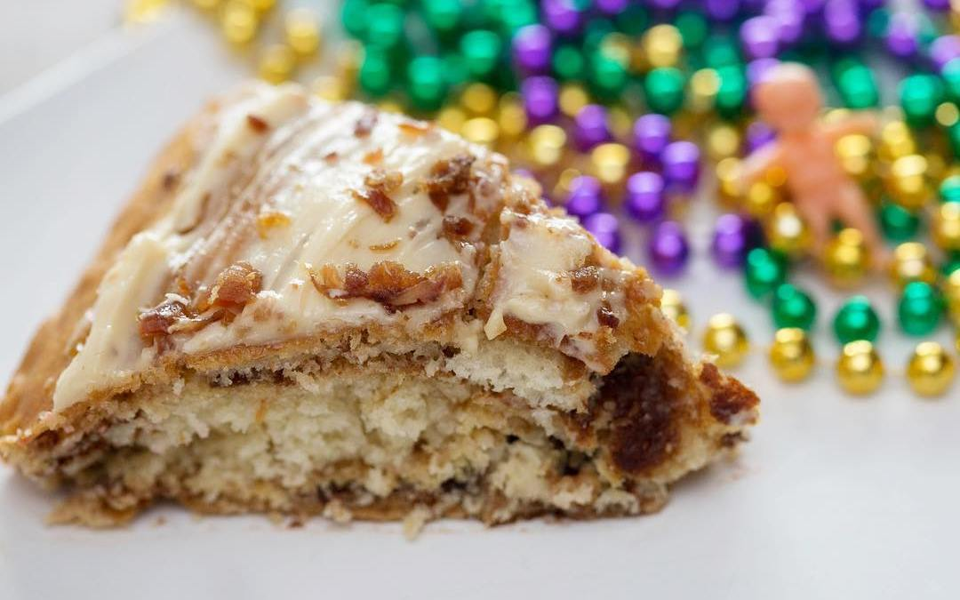 It's Mardi Gras, it's Monday and this #kingcake is topped with bacon … do we…
