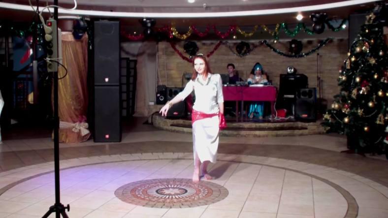 Baladi Bellydance with White Dress - Dança do Ventre Egípcia com Vestido de Seda Branco 02