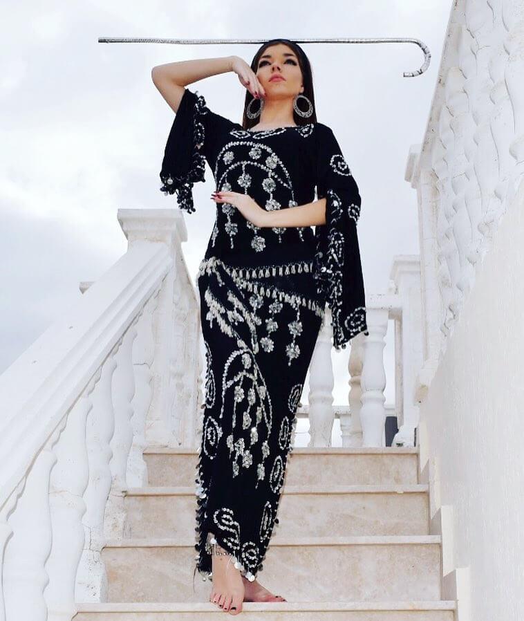 Beautiful Bellydancer with Dress Beledi - Dançarina do Ventre com Vestido 03