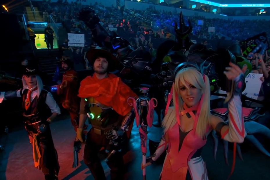 Cosplays na Overwatch League - Mccree - Ashe - Reinhardt e Mercy Rosa - 01