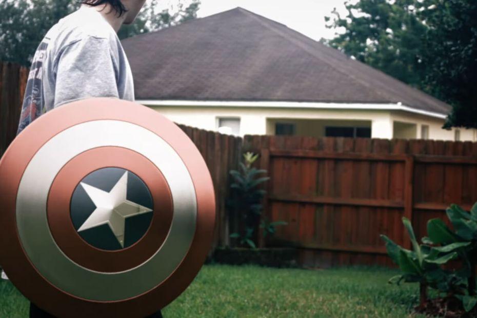 Arremesso do Escudo do Capitão América feito com VFX