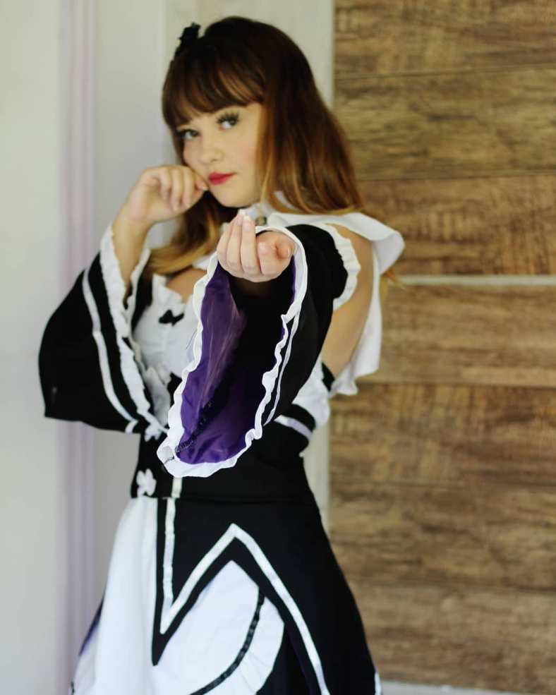 Maid Cosplay por cosmaker brasileira - Vestido Fofo 02