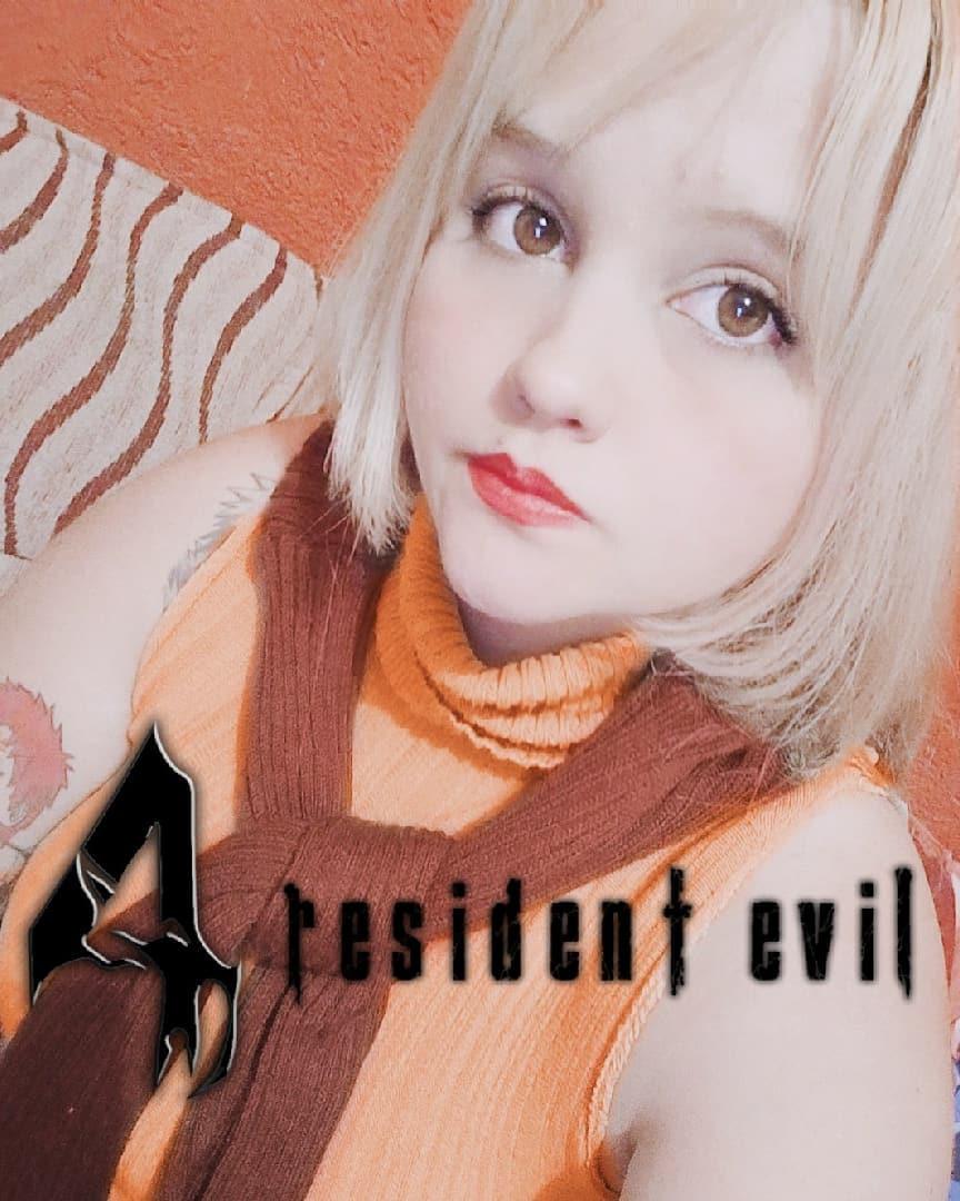 Ashley Graham Cosplay - Resident Evil - 04