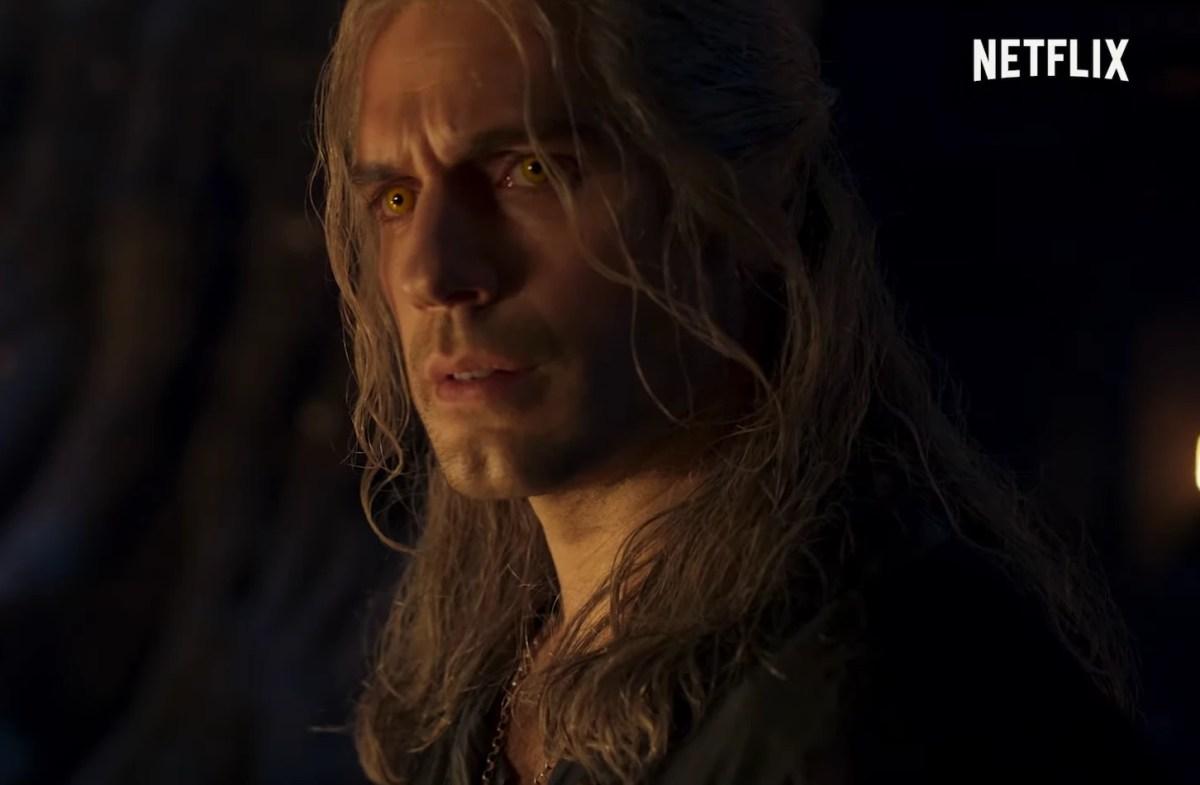 The Witcher - Imagem do trailer da segunda temporada, trazendo o ator Henry Cavill assustado.
