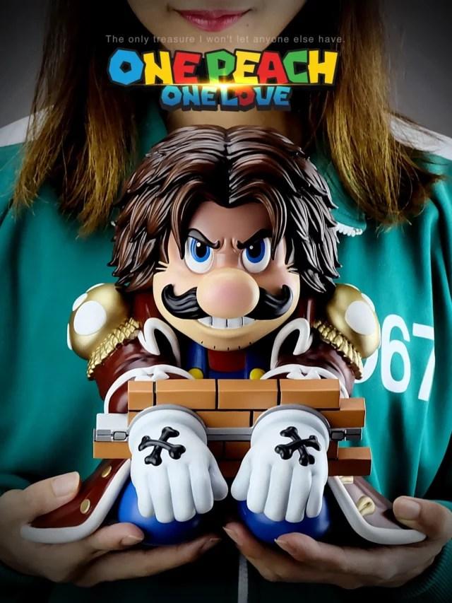 Estátua temática de Super Mario Bros. com One Piece!