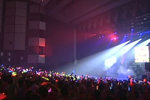 Morning Musume 9 Smile Tour Crowd