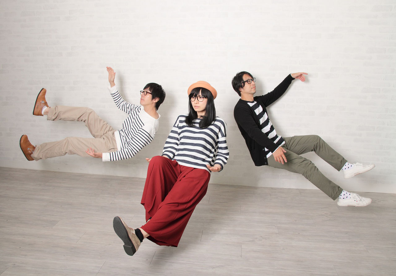RMMS-Swinging-Popsicle-Golden-Best-Time-Travel-band-1