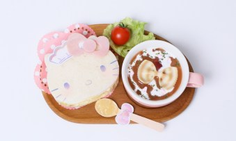 RMMS-at-home-cafe-Hello-Kitty-2020-6-menu-sandwich