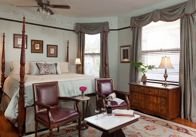 azalea inn and gardens room with wooden furnishings
