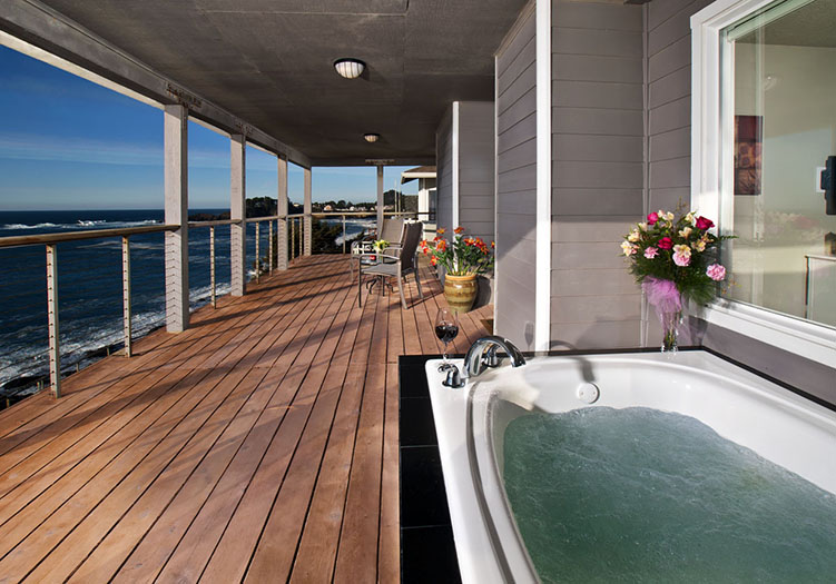 Channel_House1 Hot Tub Ocean View 2
