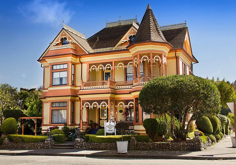 Gingerbread Mansion Inn