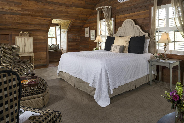 Glen-Ella Interiors Penthouse Suites