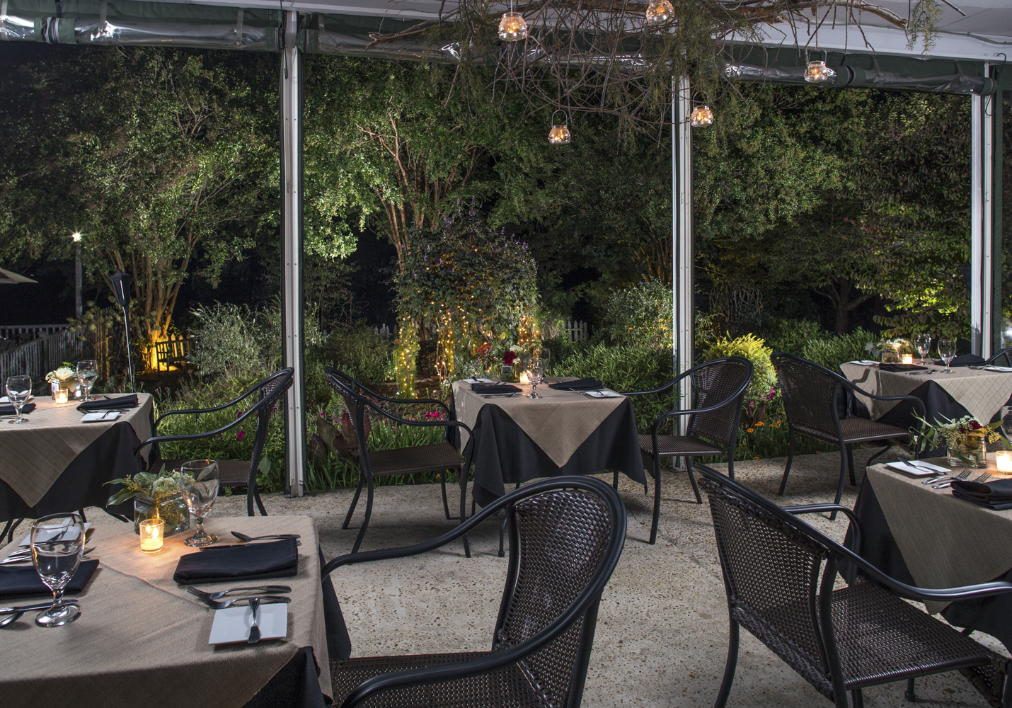 Glen_Ella_Interiors_Restaurant