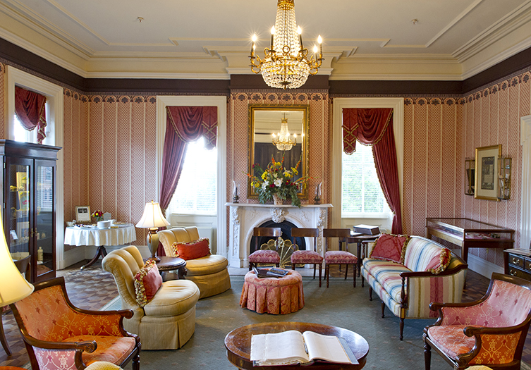 John Rutledge House Inn Interior beautiful common area with luxurious and elegant decor