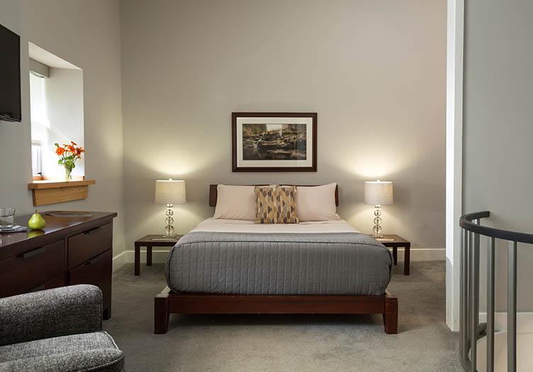 Ledges_Hotel_Interior