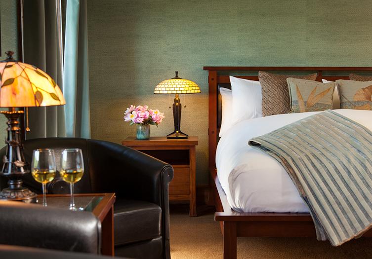 Settlers Inn Guest Room 2