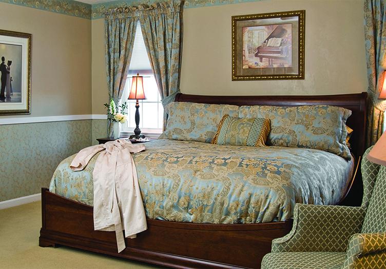 ellis-river-guestroom