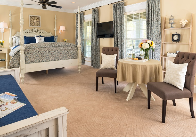 horse-stamp-guest-room