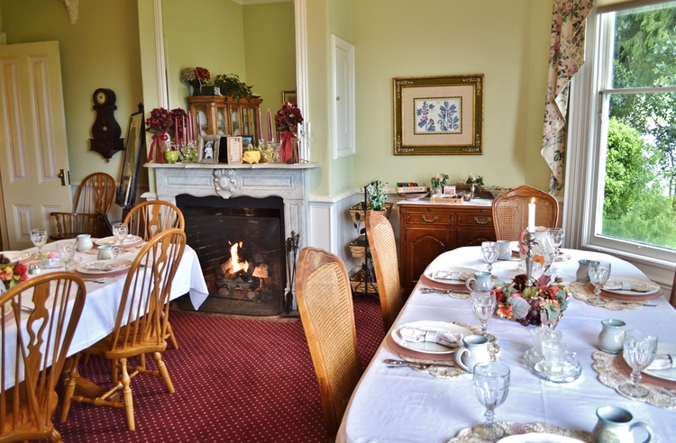 the-gables-dining-room