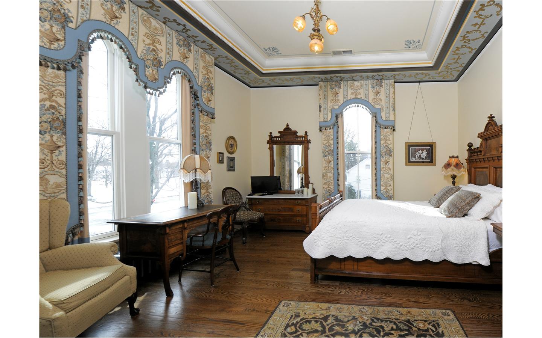 The Silas Robbins Room