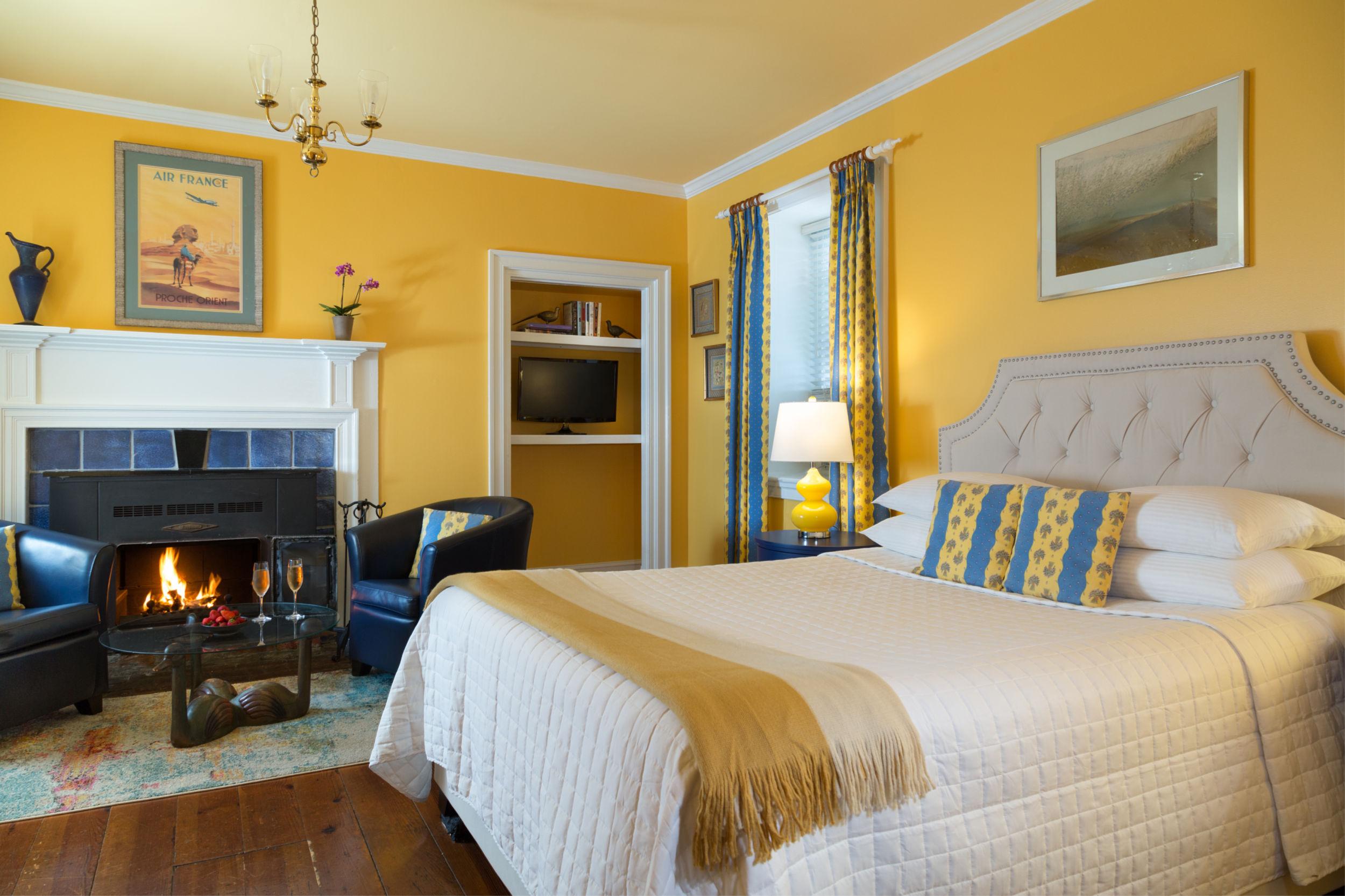 LaubergeProvencale-18-Rooms-Monet-1.jpg