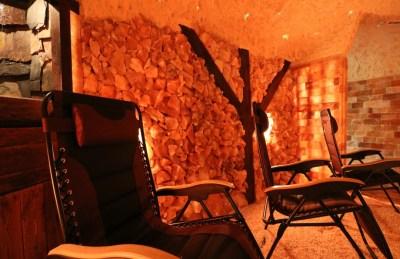 Water Cascade Feature in Salt Cave