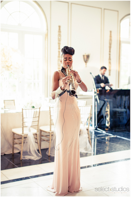 saxophone player wedding