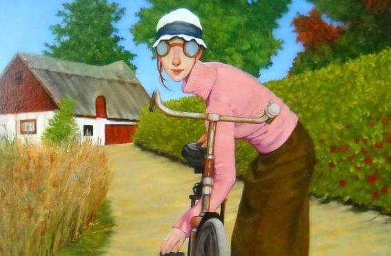 mujer-sujetando-su-bicicleta