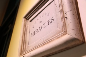 miracle-364681_640
