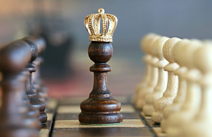 Game of kings and queens